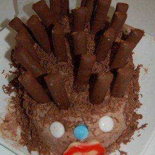 עוגת יום הולדת בצורת קיפוד