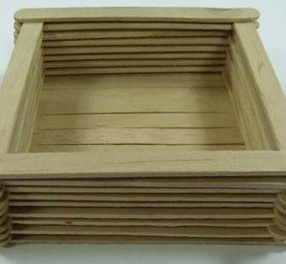 קופסא העשויה ממקלות של ארטיקים